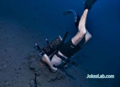diving-under-the-water