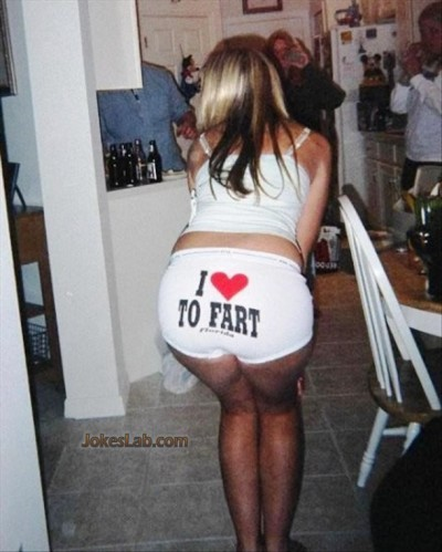 funny-girl-i-love-to-fart