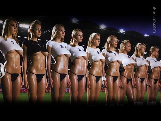 sexy-woman-football-team