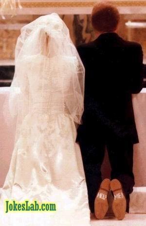 funny wedding photo, help me