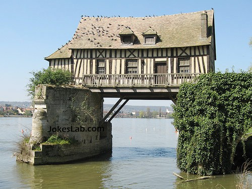 funny house over the water, fishing is not an issue