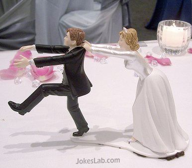 funny wedding cake, come back, you cannot run away