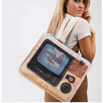 funny-shopping-bag-tv