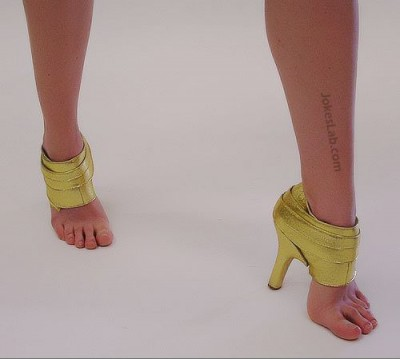 funny-shoes-bottomless