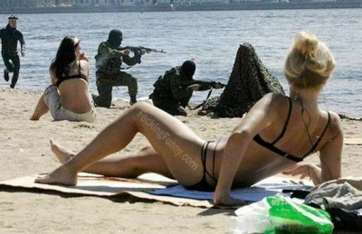 terrosists-in-beach
