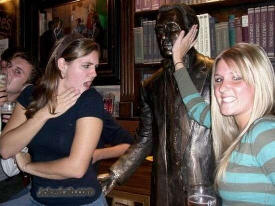 funny-sex-harasssment-funny-party, funny statue