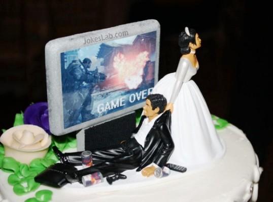 funny wedding cake, game over